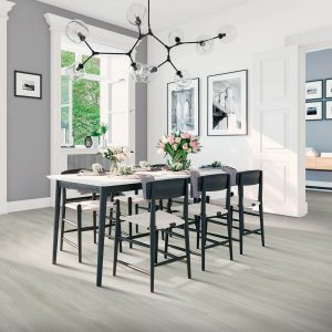 Dining table and laminate flooring   Flooring 101